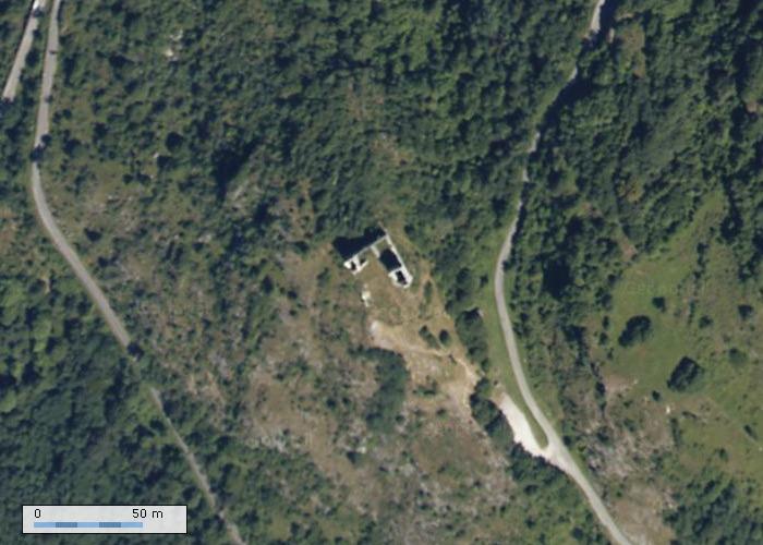 Chateau de Miglos sur Geoportail