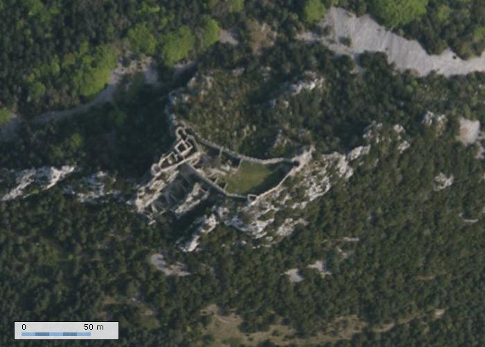 Château de Puilaurens sur Geoportail